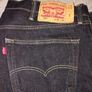 """Men Button Fly """"Levi's """" jeans"""